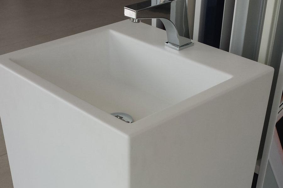 Lavabo de krion en una pieza